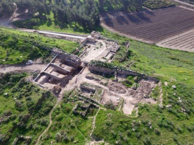 (Credit: Israel Antiquities Authority), Lachish Gates, Tel Lachish, Archaeology