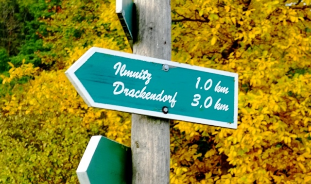 Hiking in Germany, Jena, Red Trail, Yellow Leaves, Signpost