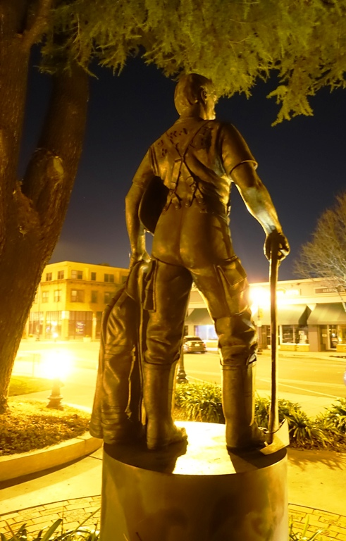 Lawrence Noble, Tracy, California, Firefighter Sculpture, Memorial