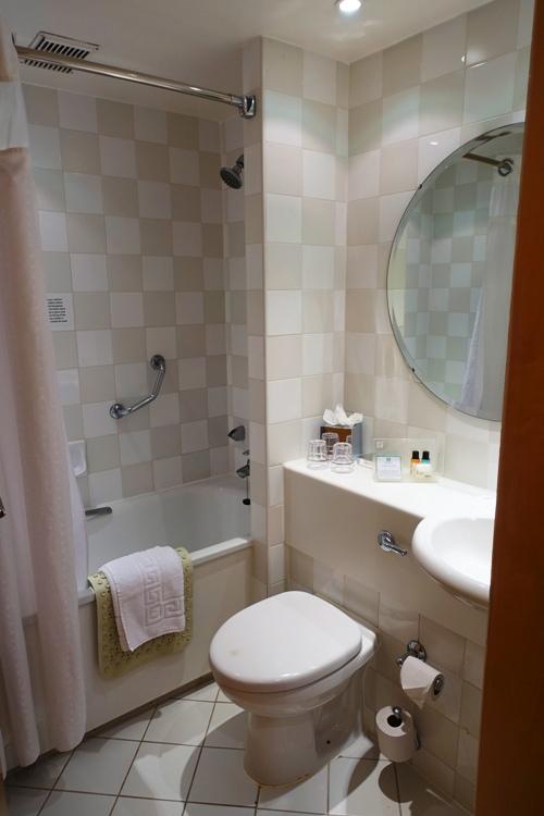 Hotel Bathroom, Holiday Inn Ariel, Heathrow, Tiny Hotel Room