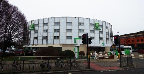 Holiday Inn, Heathrow Ariel, Round Hotel
