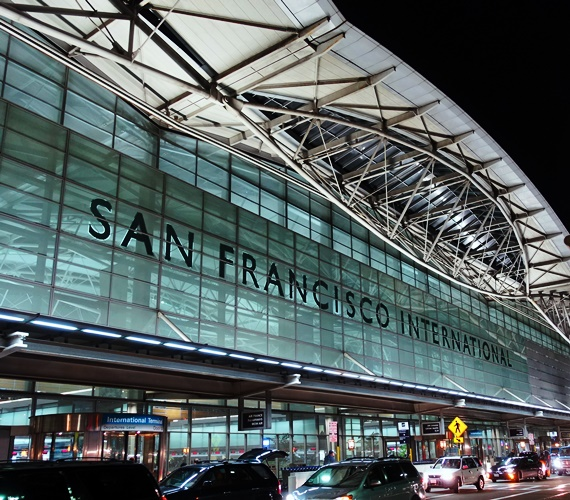 San Francisco Airport, Flight to SYD, SFO