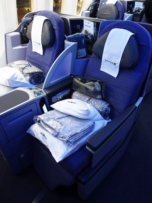 Business Class 787, United Airlines, UA1, SFO to SIN