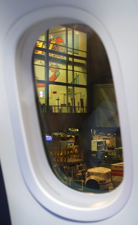 787 windows, Boeing 787, large airline windows