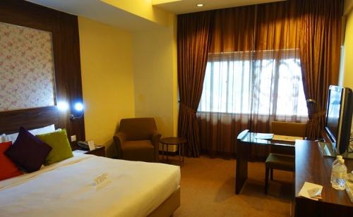 Hotel Grand Pacific, Singapore, Hotel Room