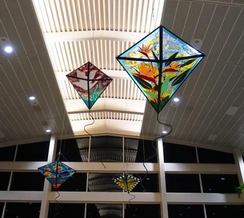 Kites, Tampa airport, terminal train