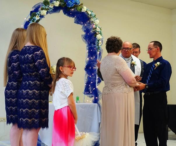 Wedding, twins, wedding party, Missouri Wedding
