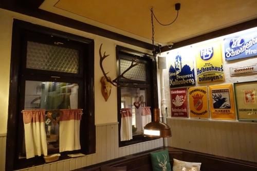 Bierhall Aalen, Decorations, beer signs