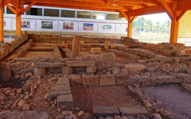 Magdala Synagogue, archaeology