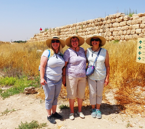 Pace at Lachish, Becky, Lilli and Jerri