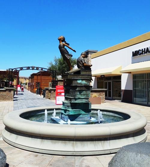 Taking Flight, Set Vandable, Reading Sculpture, Livermore Outlets