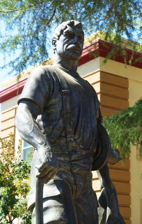 Tracy Firefighter Sculpture, Tracy Downtown, Pocket Park