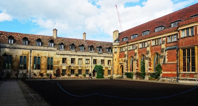 Pembroke College, Cambridge, Roger Williams