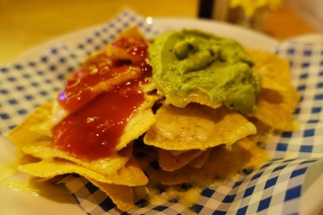 Nachos, Hotel Restaurant, guacamole, salsa, cheese, chips
