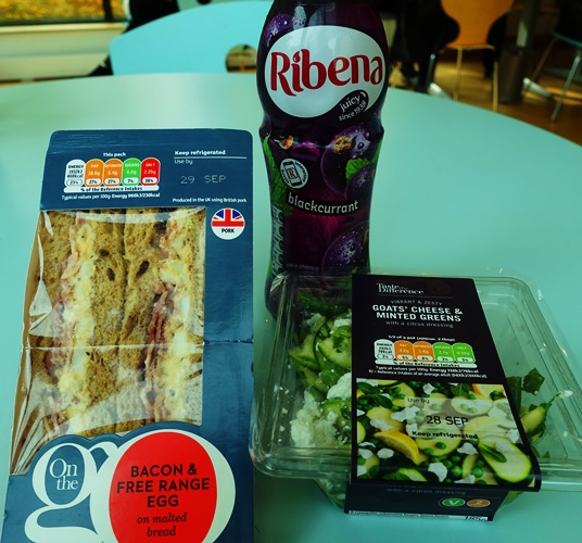 Lunch, Sandwich, salad, drink