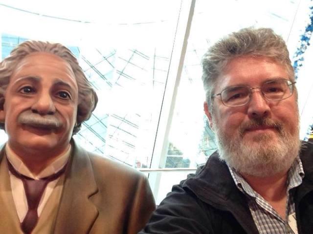 Einstein, Frankfurt Airport, Selfie, Einstein statue