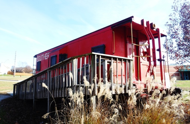 Caboose, Disc golf course, Kansas City, Black Friday