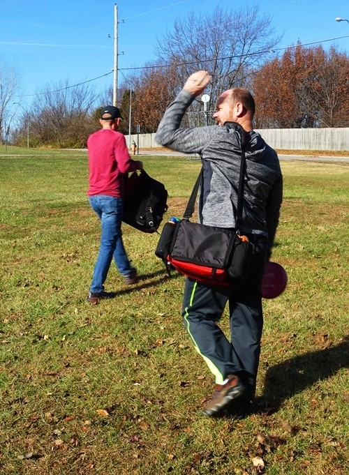 Disc Golf, Disc Carriers, golfing, Black Friday