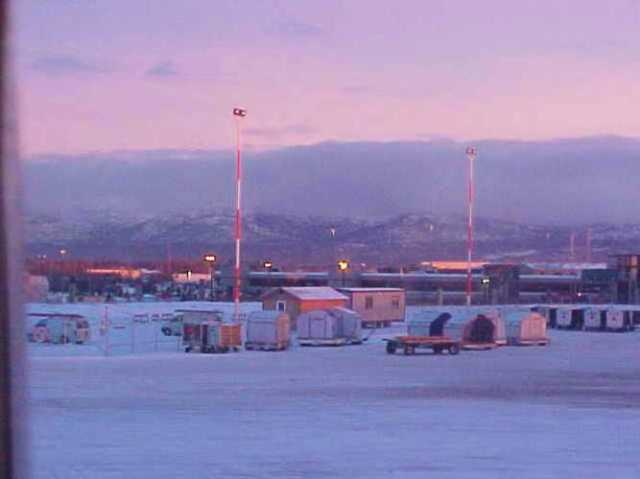 Anchorage, Alaska, Airport, Y2K, Tea incident, Hot Tea
