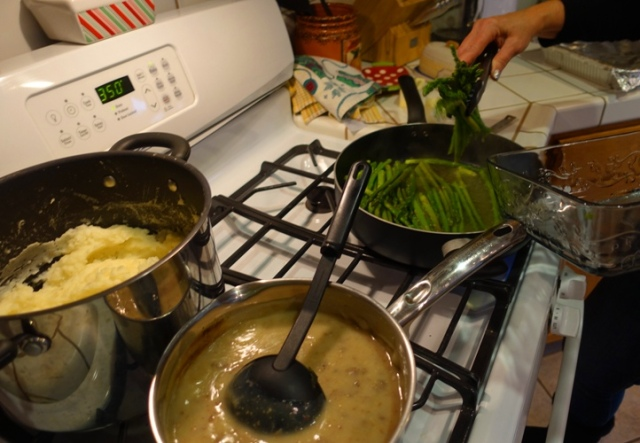 Asparagus, potatoes, gravy, meal prep
