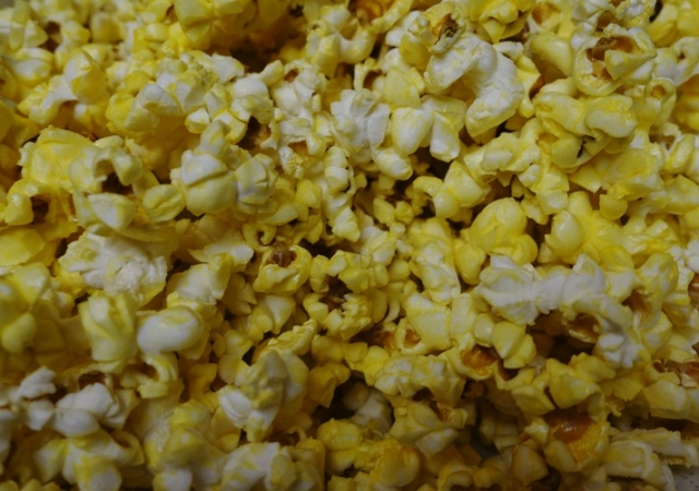 National Popcorn Day, Microwave Popcorn