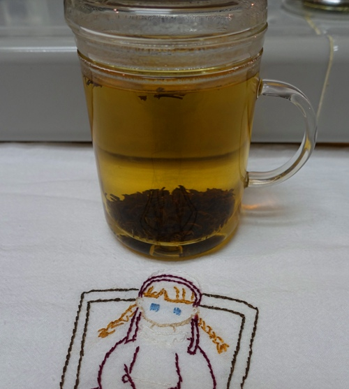 Infuser, tea leaves, steeping tea, brewing tea