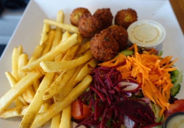 Lunch, falafel, chick peas, fries, me va me restaurant