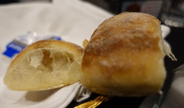 Dinner Rolls, Italian Restaurant