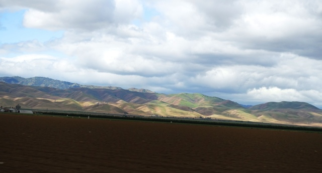Central Valley, Hills, California, Farmland, Clouds