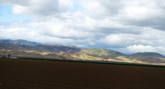 Central Valley, Hills, California, Farmland, Clouds
