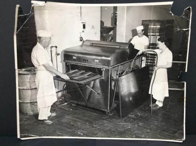 Lowenberg Bakery, Ottumwa, Iowa, Grandpa