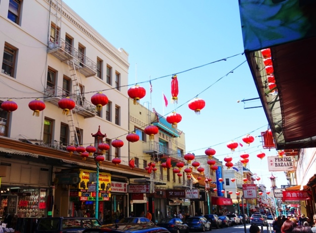 San Francisco China Town, Red lanterns