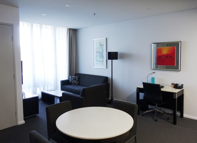 Serviced Apartment, Meriton, North Ryde, Sydney