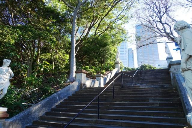 Royal Botanic Gardens, Sydney, four seasons, statues
