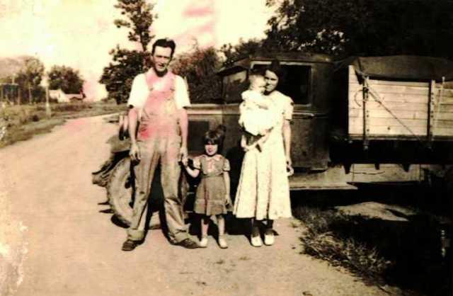 Old Truck, Grapes of Wrath, Iowa, Farm Truck