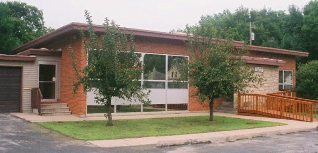 Pickwick Library, Ottumwa, Iowa, Libraries