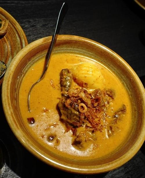 massaman beef, braised beef tamarind