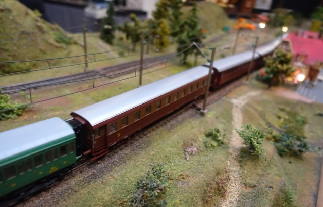 Old German Passenger Train, model railroad, HO Scale
