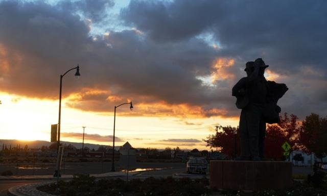 Sunset, Harvest of progress, Tracy California, Tracy Tranisit