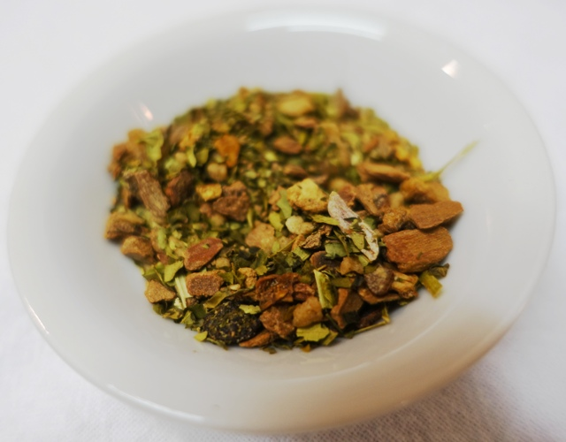 Cinnamon Bun Tea, herbal tea, Pinky up