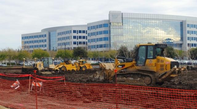 Construction equipment, bulldozer, scraper, leveling