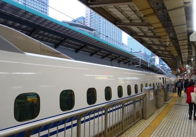 Shinkansen, Tokyo, Osaka, Japan, high speed train