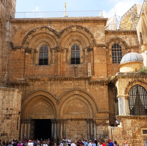 Church of the Holy Sepulcher in Jerusalem, Ladder, Easter Weekend