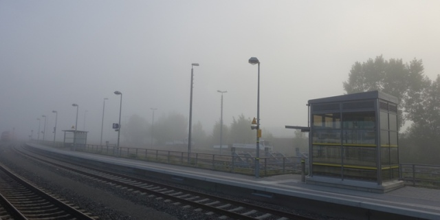 train station fog, jena goschwitz station, train travel, germany