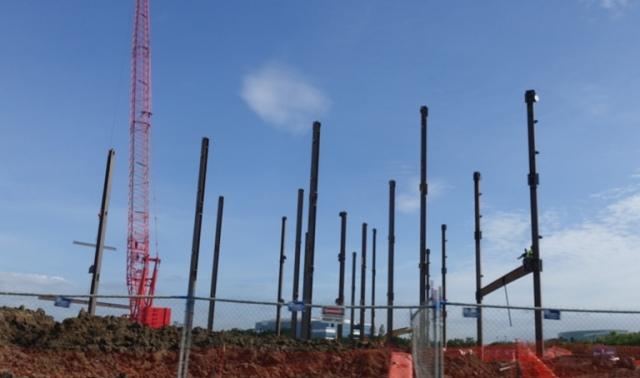 first steel, Zeiss Innovation Center, Dublin, California, Construction
