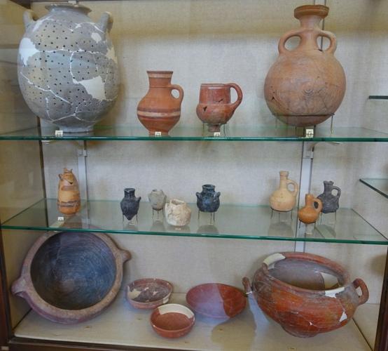 Iron Age, Rockefeller Museum, Jerusalem, pottery, archaeology
