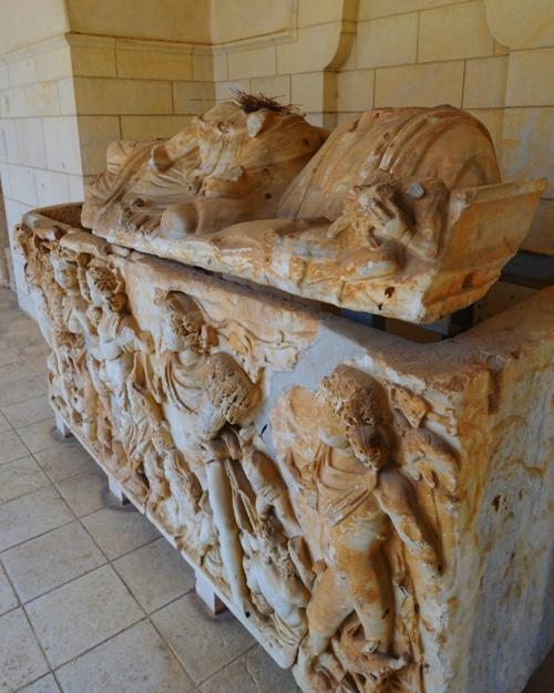 tomb, sarcophagus. birds nest, Rockefeller Museum