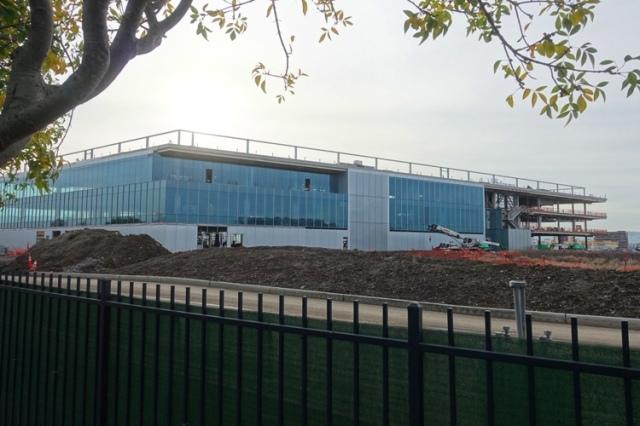 Friday Walk, Carl Zeiss Innovation Center, Dublin, California, Construction