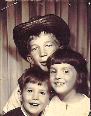 uncle, siblings, sister, cowboy hat