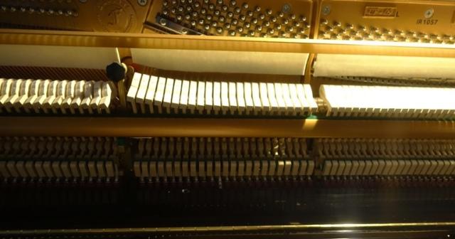 Piano repair, playing again, piano playing, stuck piano key
